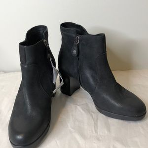 NWT GEOX black Respira round toe heel ankle boots